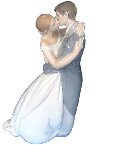 Nao figurine by Lladro 02001613 A Kiss Forever 1613-